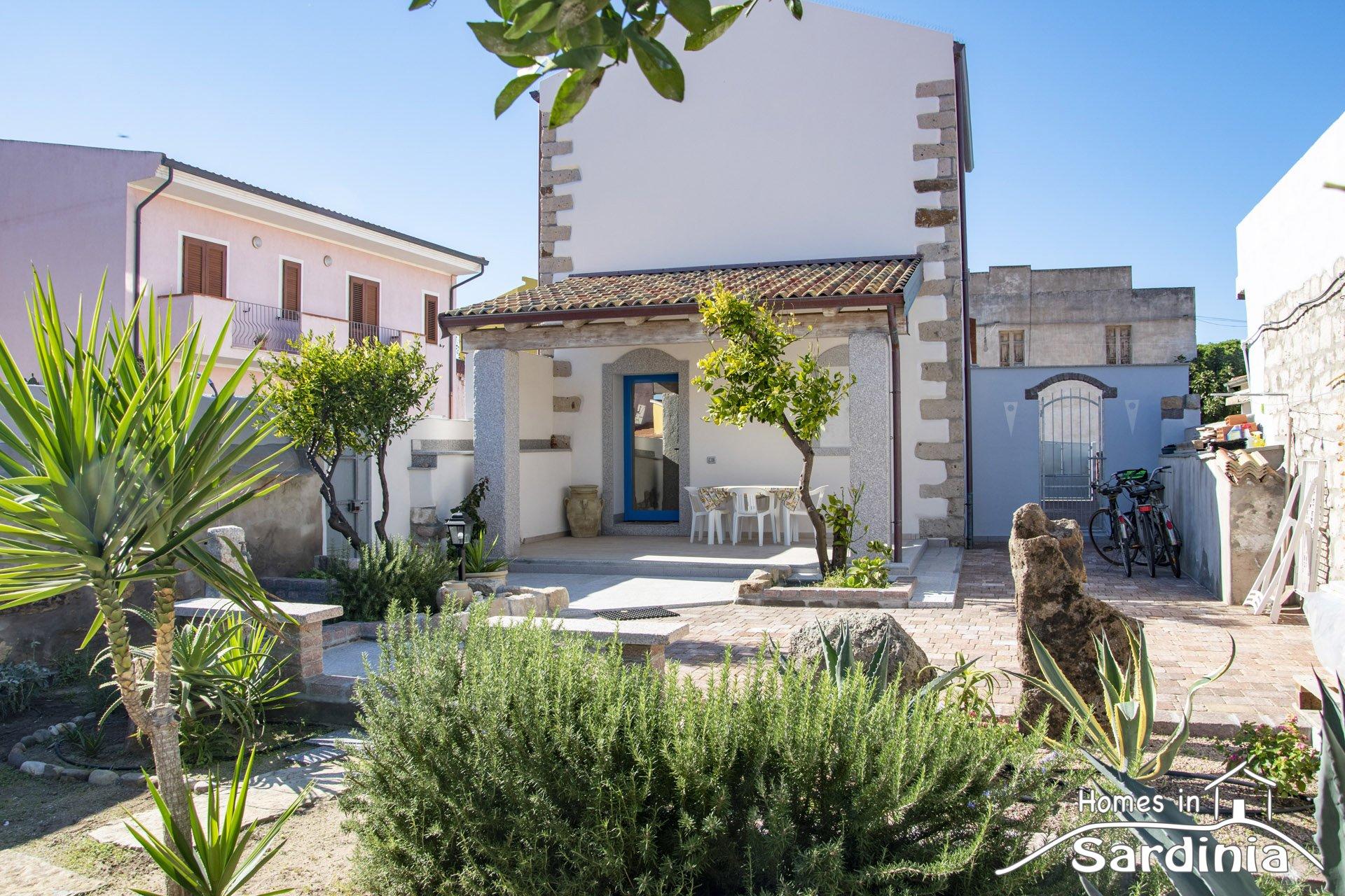 Casa in vendita a Valledoria, Splendida villa a due passi dal centro, Ottime finiture